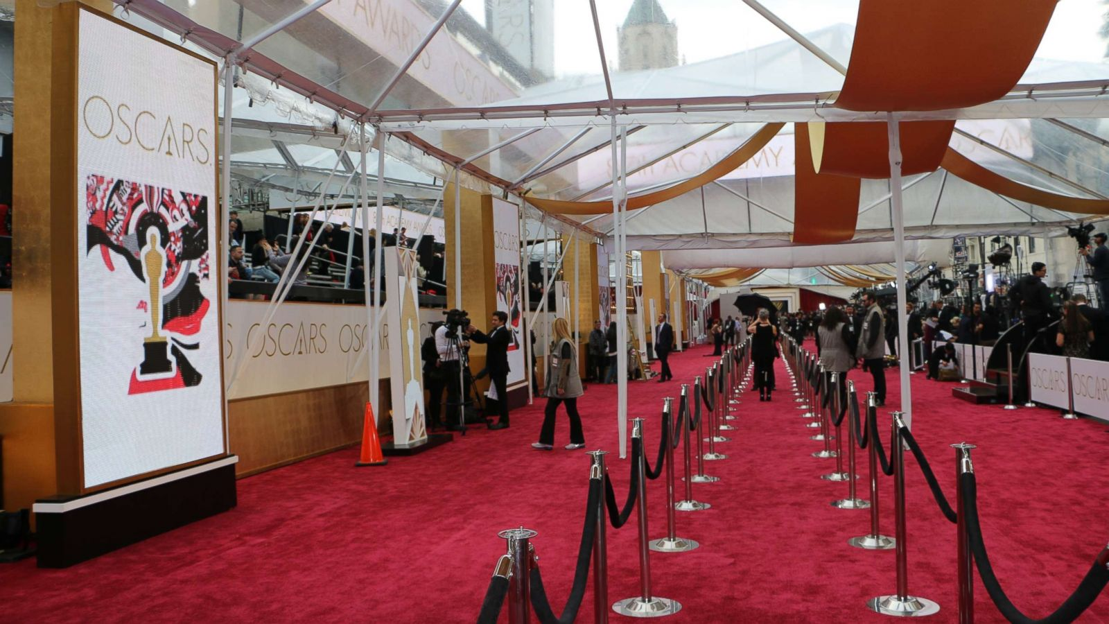 Create Your Own Diy Red Carpet For Your Oscars Party Abc News