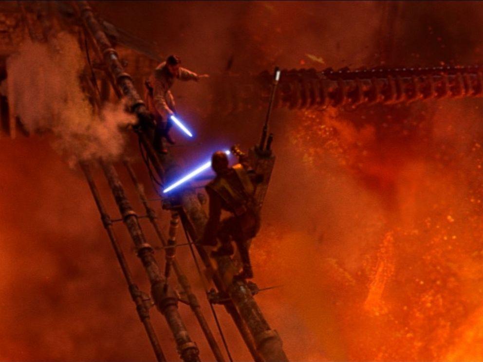 PHOTO: Ewan McGregor and Hayden Christensen in Star Wars: Episode III - Revenge of the Sith.
