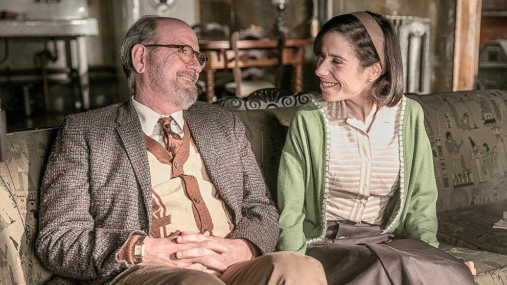 "Richard Jenkins and Sally Hawkins in ""The Shape of Water."""
