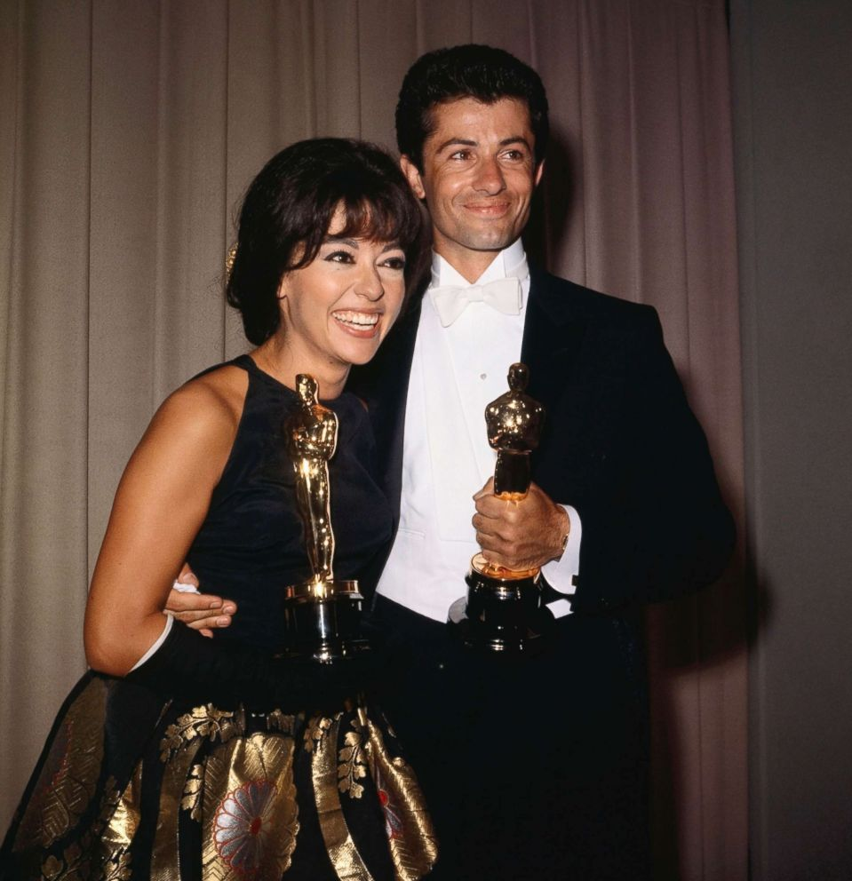 PHOTO: Rita Moreno and George Chakiris hold their Academy Awards, April 9, 1962.