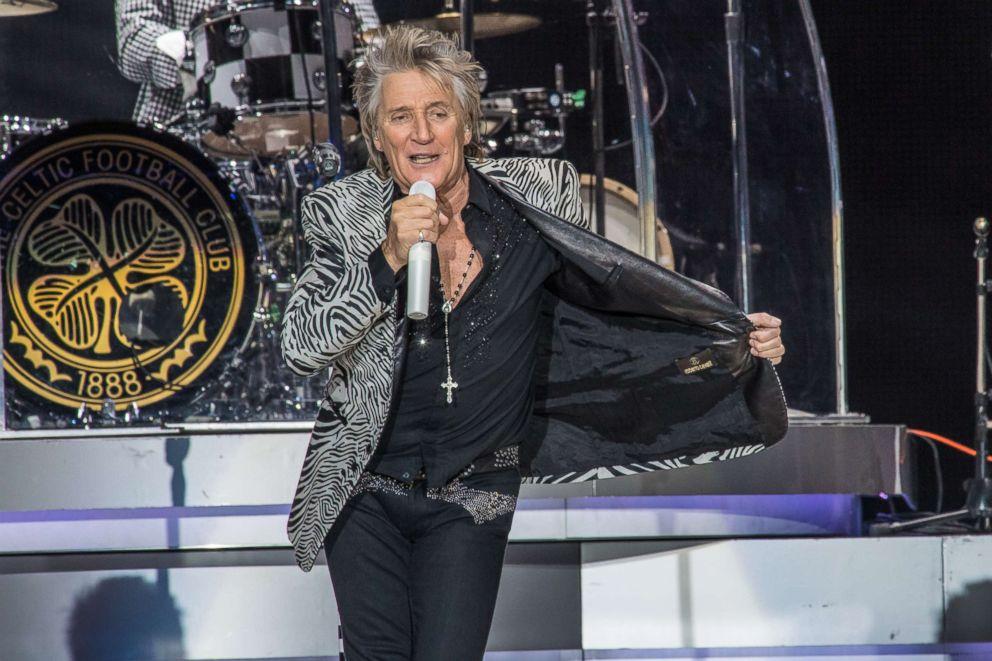 Elton John's farewell tour is 'dishonest', says Rod Stewart