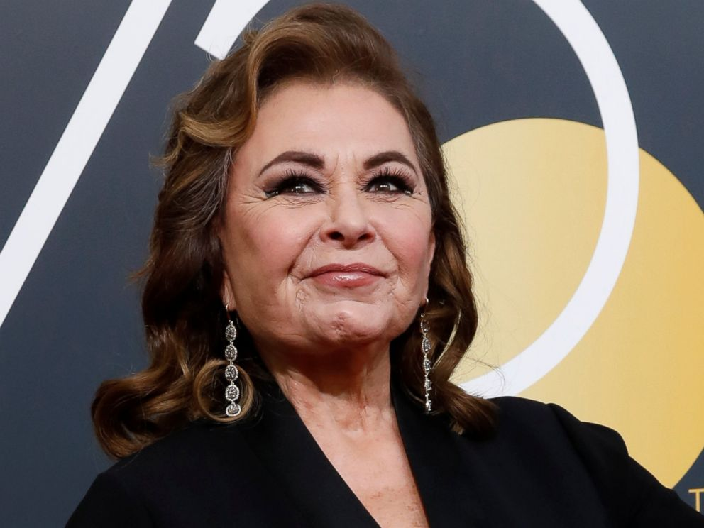 PHOTO: Roseanne Barr waves on her arrival to the 75th Golden Globe Awards in Beverly Hills, Calif., Jan. 7, 2018.