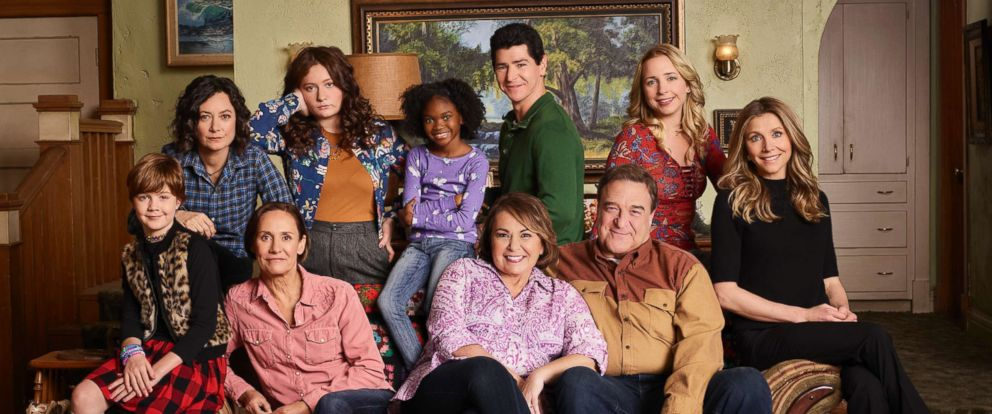 """PHOTO: """"Roseanne,"""" the ABC sitcom that broke new ground and dominated ratings in its original run, will return with all-new episodes, in a special hour-long premiere, March 27, 2018 at 8:00 p.m. on ABC."""