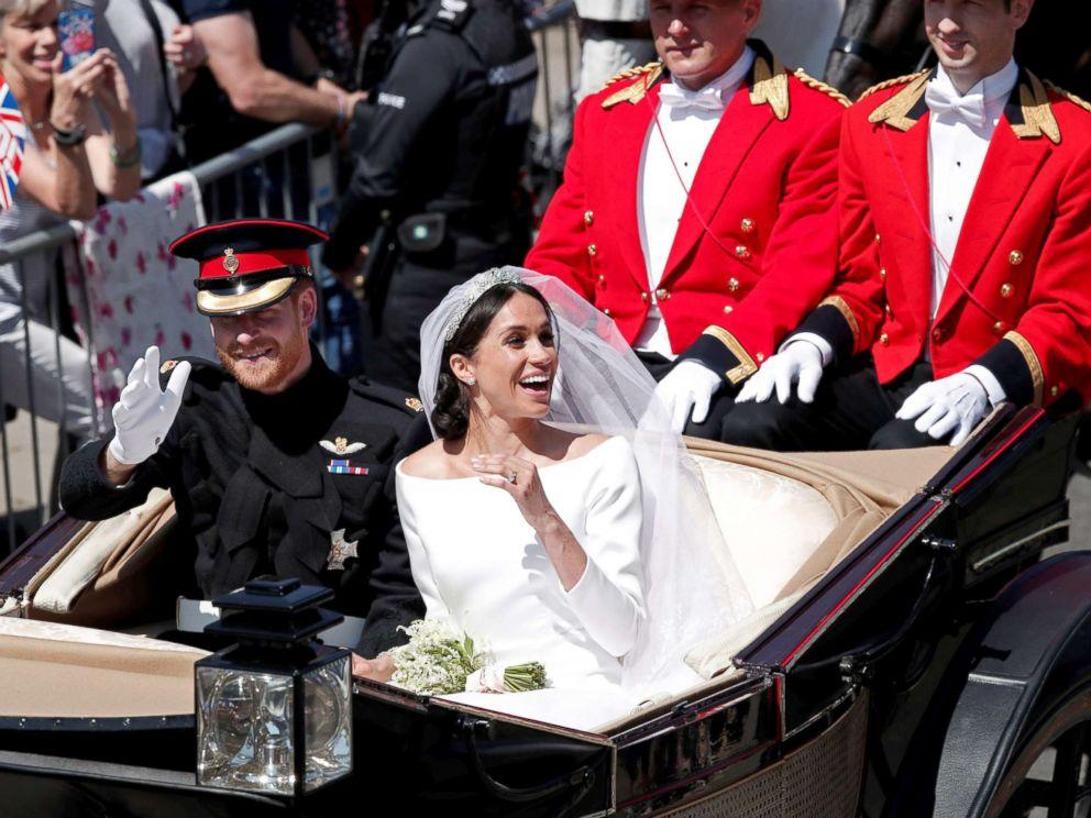4df2907f Royal wedding 2018: All about Meghan Markle's wedding dress - ABC News