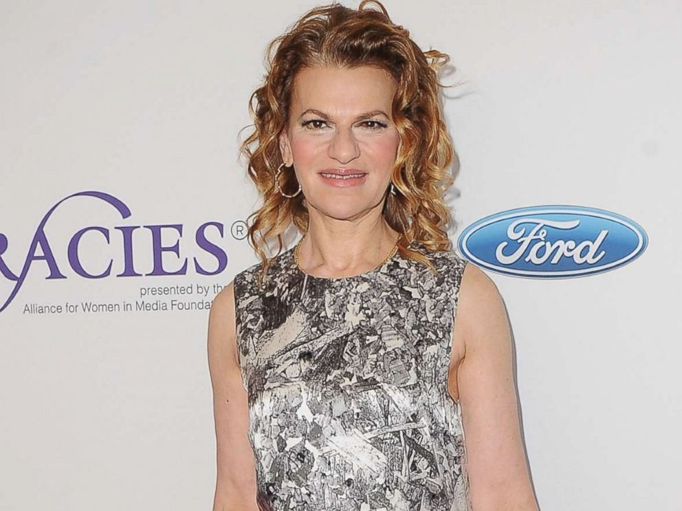 PHOTO: Sandra Bernhard arrives at the 42nd Annual Gracie Awards at the Beverly Wilshire Four Seasons Hotel, June 6, 2017 in Beverly Hills, Calif.