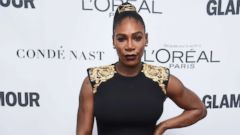 'PHOTO: Serena Williams attends Glamour's 2017 Women of The Year Awards1_b@b_1Kings Theatre, Nov. 13, 2017, in Brooklyn, N.Y.' from the web at 'https://s.abcnews.com/images/Entertainment/serena-williams-gty-ml-171218_16x9t_240.jpg'