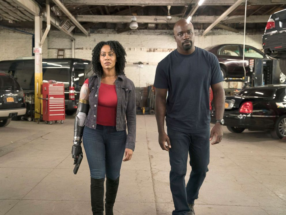 'Luke Cage' Star Mike Colter's Wife Iva Is Pregnant!
