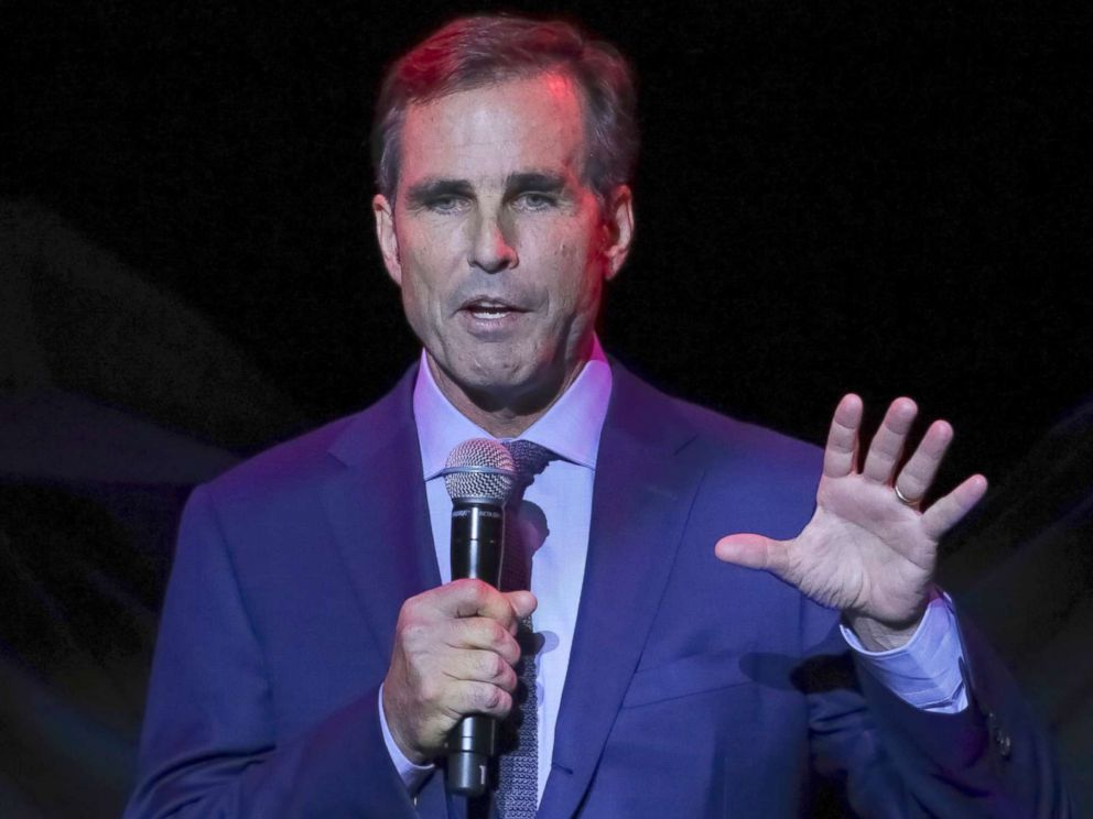 PHOTO: Bob Woodruff, the Co-Founder of the Bob Woodruff Foundation, speaks on stage during the 11th Annual Stand Up for Heroes benefit Nov. 7, 2017, in New York, N.Y.