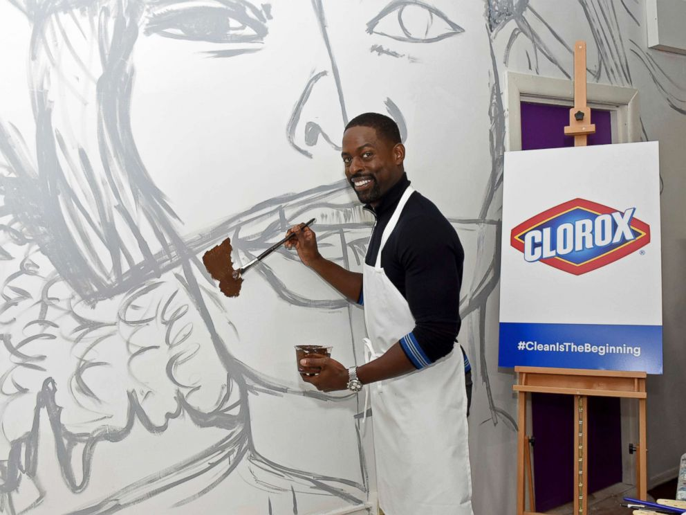 PHOTO: Sterling K. Brown joins Clorox and Thrive Collective celebrate the transformative power of clean at a new Youth Opportunity Hub in Harlem, New York, Feb. 27, 2018.