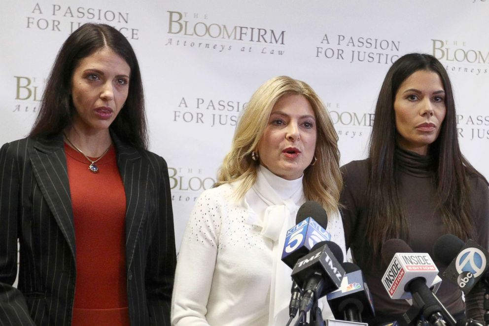 PHOTO: Attorney Lisa Bloom (C) holds a press conference with her clients Faviola Dadis (L) and Regina Simons, who are accusing actor Steven Seagal of sexual assault, at The Bloom Firm, March 19, 2018, in Woodland Hills, Calif
