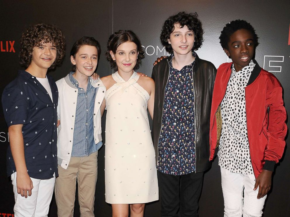 Stranger things cast rallies behind fan after no one showed to his photo gaten matarazzo noah schnapp millie bobby brown finn wolfhard and caleb m4hsunfo