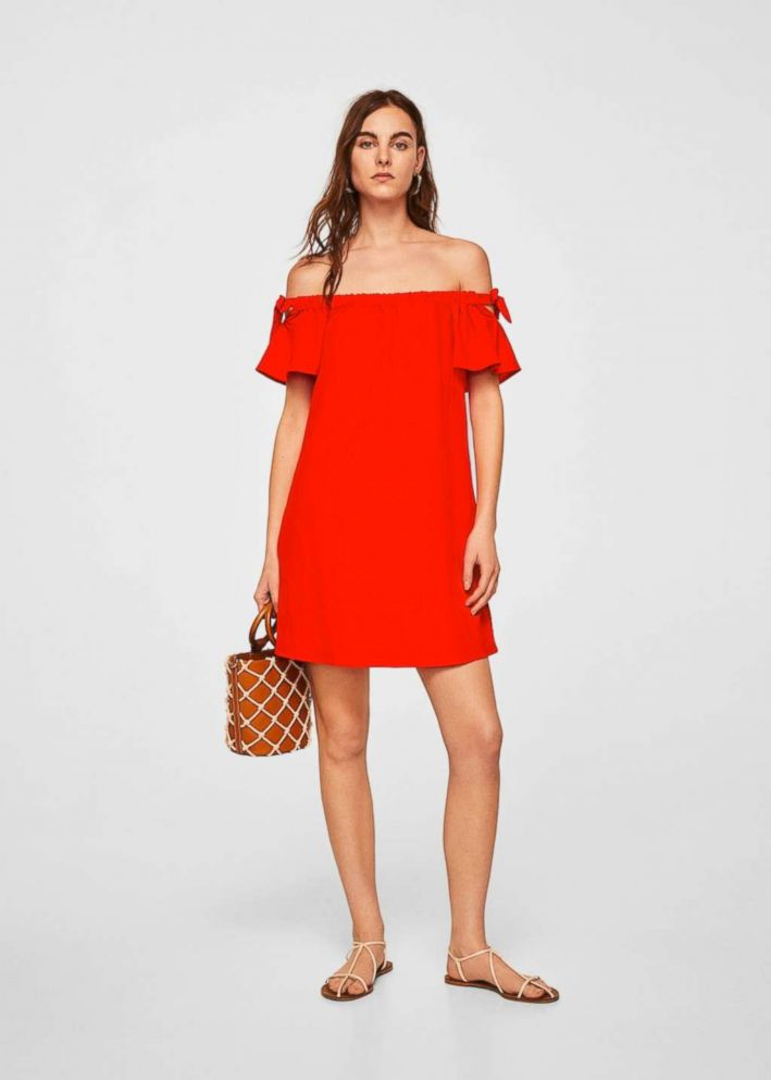 PHOTO: The minimalist's answer to flounce is a more low-key version of ruffles, and this dress is the perfect solution to wearing the trend your way.