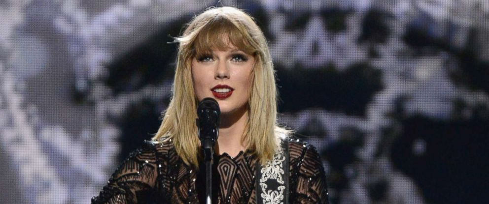 PHOTO: Musician Taylor Swift performs onstage during the 2017 DIRECTV NOW Super Saturday Night Concert at Club Nomadic, Feb. 4, 2017, in Houston.
