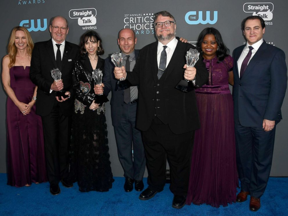 PHOTO: Vanessa Taylor, Richard Jenkins, Sally Hawkins, J. Miles Dale, Guillermo del Toro, Octavia Spencer and Michael Stuhlbarg, pose with the Best Picture award for The Shape of Water, Jan. 11, 2018 in Santa Monica, Calif.