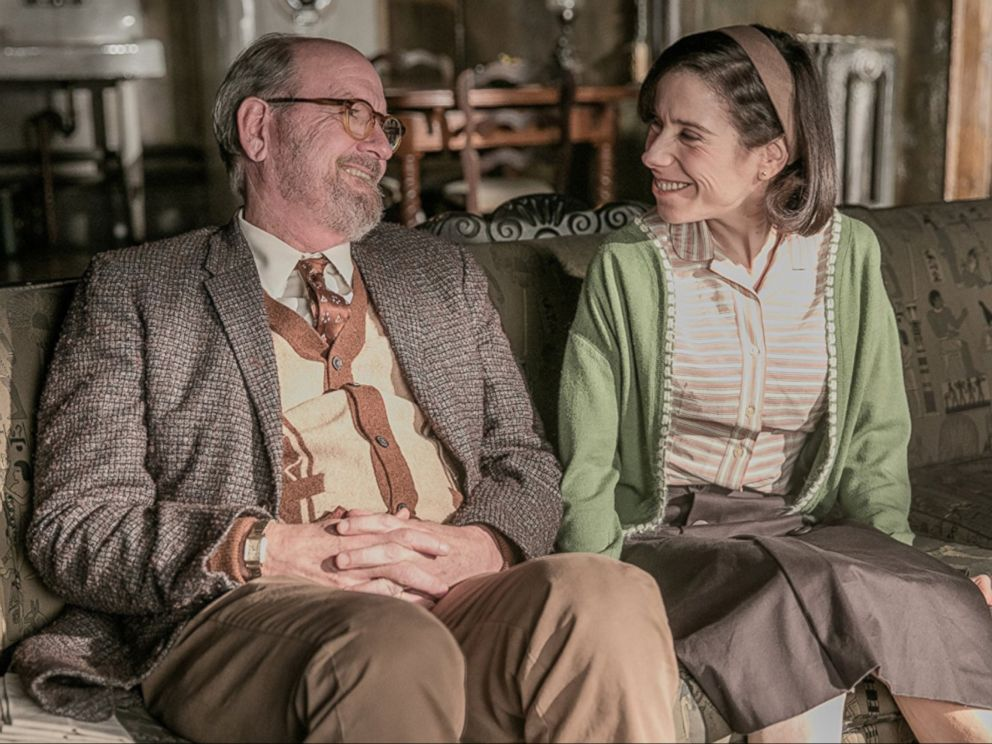 PHOTO: Richard Jenkins and Sally Hawkins in The Shape of Water.