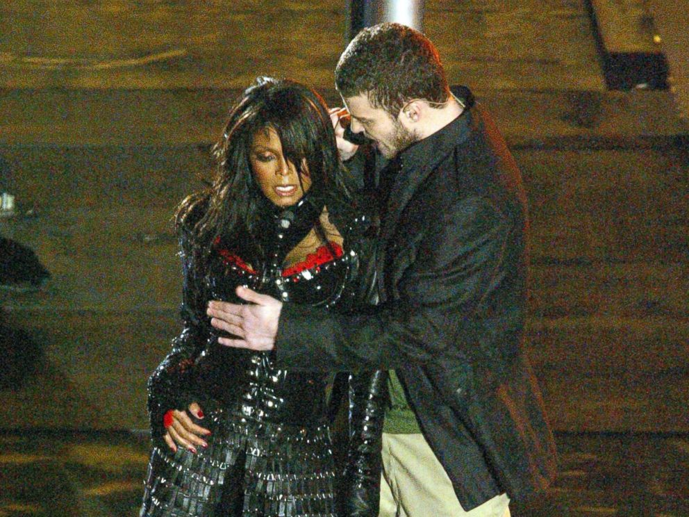 PHOTO: Janet Jackson and Justin Timberlake perform during the half-time show at Super Bowl XXXVIII.