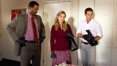 """PHOTO: Kyra Sedgwick stars in a scene from """"The Closer."""""""