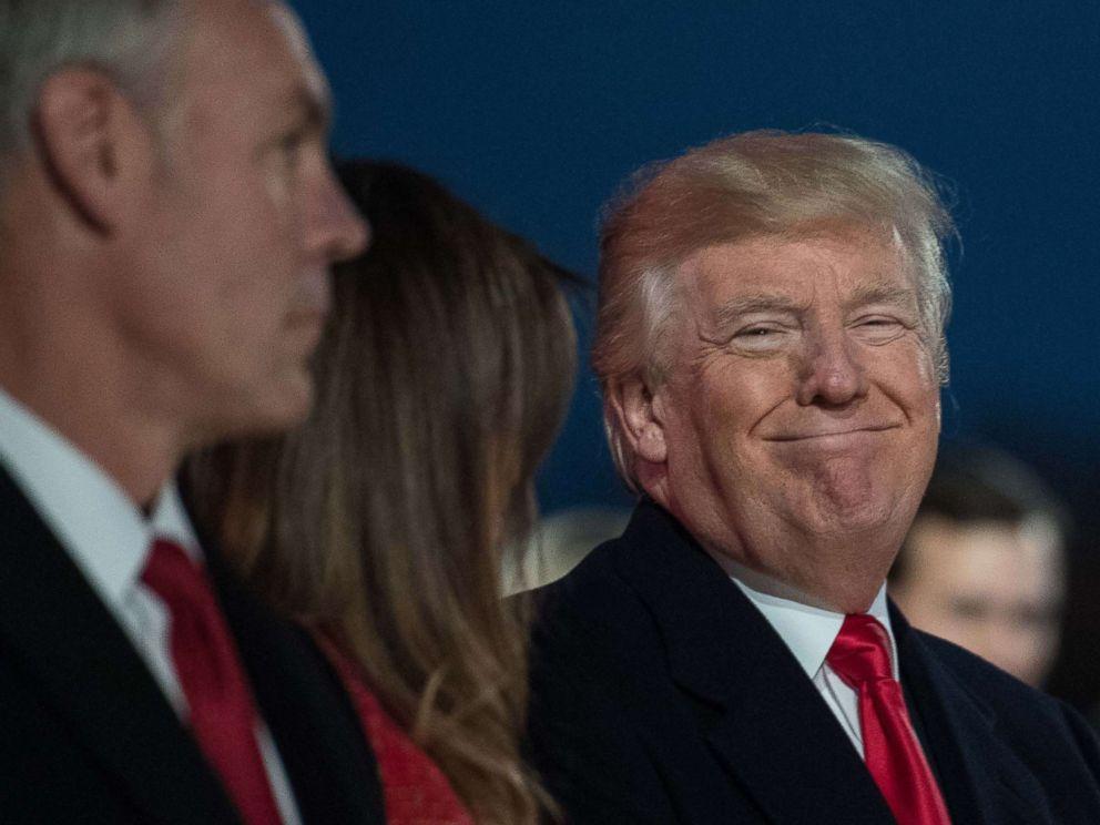 Melania Trump Leads 95th Annual National Christmas Tree Lighting Ceremony Abc News