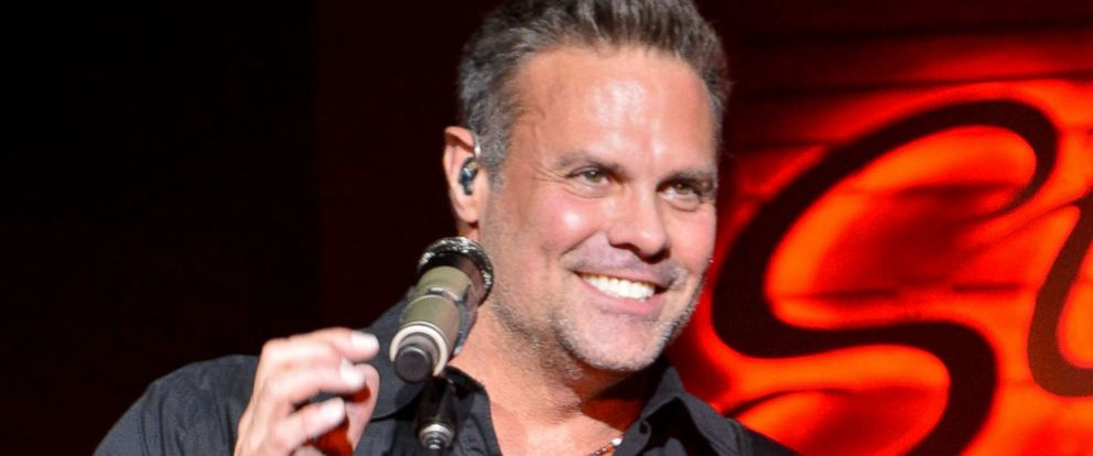 PHOTO: Troy Gentry of music duo Montgomery Gentry performs at Stoneys Rockin Country, Nov. 4, 2016, in Las Vegas.