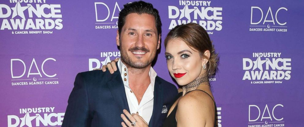 PHOTO: Val Chmerkovskiy and Jenna Johnson attend the 2017 Industry Dance Awards and Cancer Benefit show at Avalon, Aug. 16, 2017, in Hollywood, California.