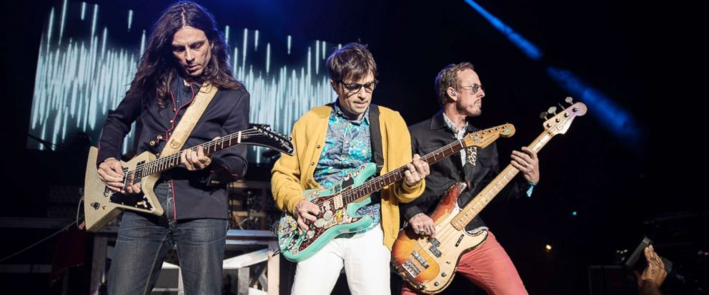 PHOTO: Guitarist Brian Bell, vocalist Rivers Cuomo and bassist Scott Shriner of Weezer perform at ID10T festival on June 24, 2017, in Mountain View, Calif.