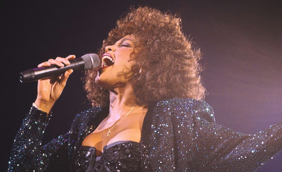 PHOTO: Whitney Houston performs in Paris, May 18, 1988.
