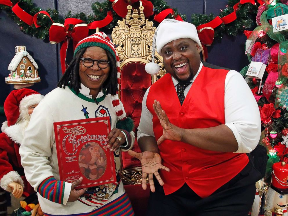 PHOTO: Whoopi Goldberg and Major Attaway, who plays Genie in Disneys Aladdin on Broadway, enjoyed the day with children at Mott Haven Academy.