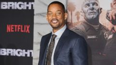 """PHOTO: Actor Will Smith attends the premiere of Netflixs """"Bright"""" at Regency Village Theatre, Dec. 13, 2017, in Westwood, Calif."""