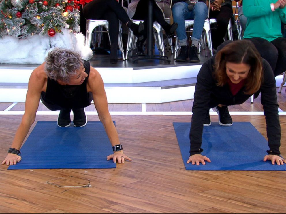 PHOTO: Erin Oprea, Carrie Underwoods trainer, shares a post-Christmas workout to do at home on Good Morning America, Dec. 26, 2017.