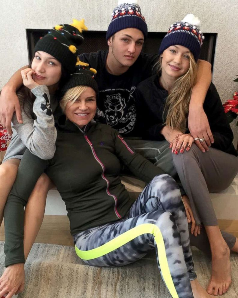 PHOTO: Real Housewives of Beverly Hills star Yolanda Hadid and her children Gigi, Bella and Anwar Hadid pose together in this family photo.