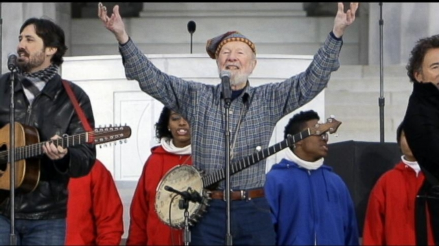 Folk Singer and Activist Pete Seeger Dead at 94 - ABC News
