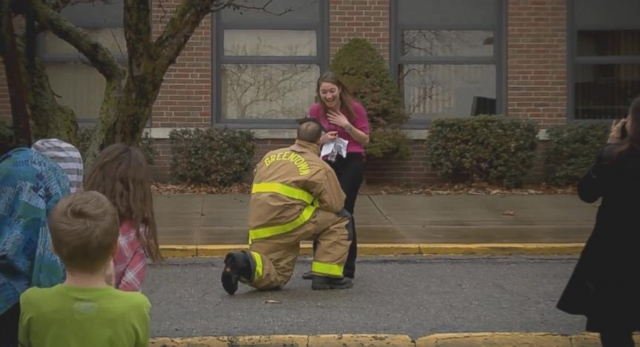 Cute Proposal Videos Firefighter Justin Deierling Proposes During