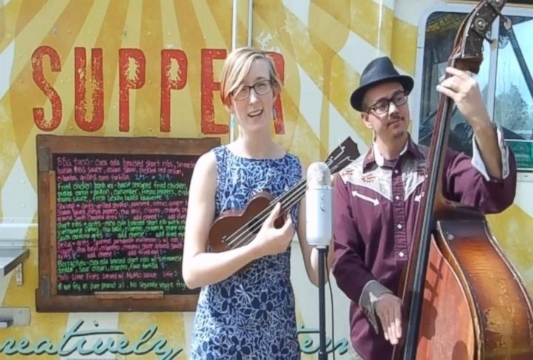 VIDEO: Amy Black, owner of The Supper Truck, wrote this song in response to her first negative Yelp review.
