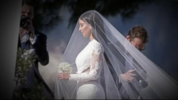 VIDEO: The celebrity couple invites all their friends to an amazing European ceremony.