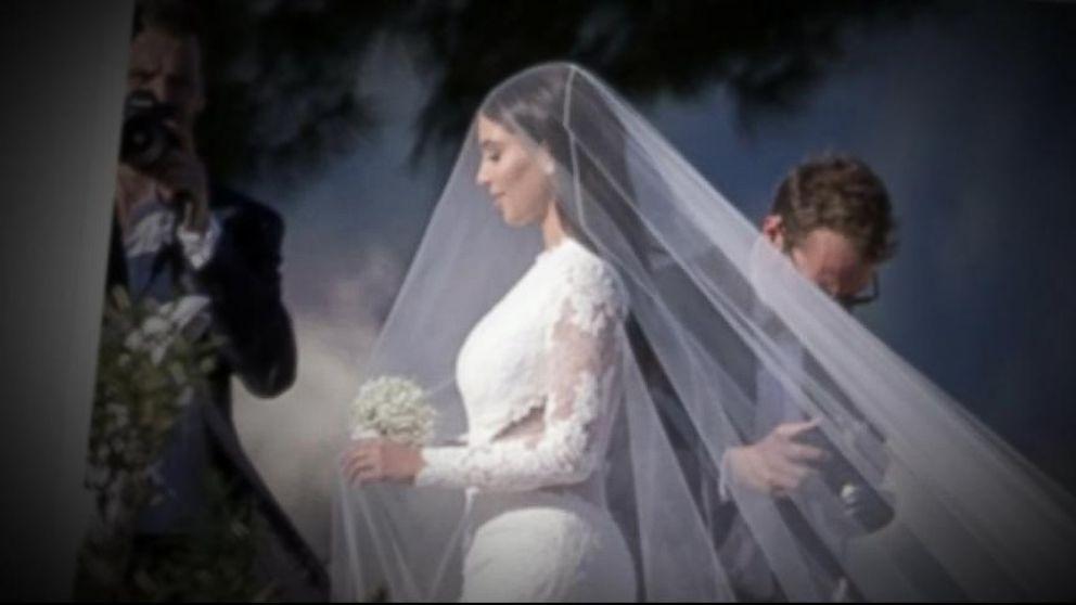 How Kim Kardashian S Weddings To Kanye West And Kris Humphries