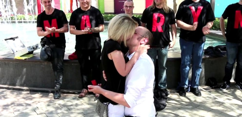 VIDEO: Magician Aids Marriage Proposal