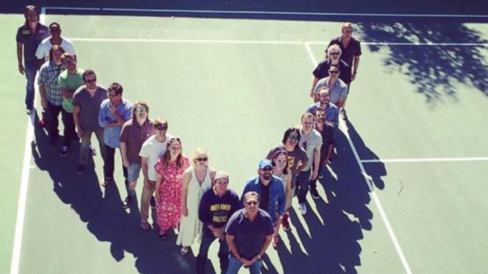2c0ead0b0 See the Cast of 'D2: The Mighty Ducks' Reunite After 20 Years - ABC News