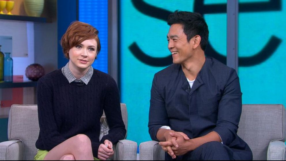 Karen Gillan And John Cho Shed Light On Selfie Video Abc News