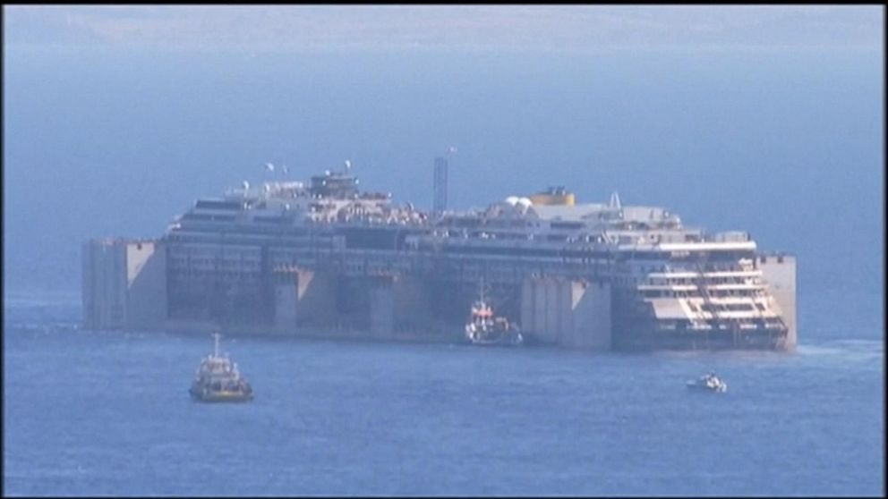Costa Concordia Captain Arrives Late for Court