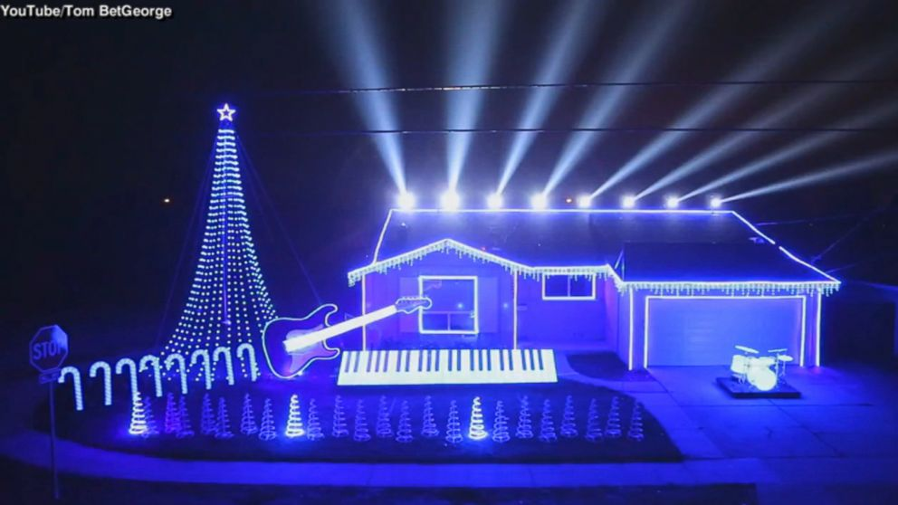 christmas lights set to star wars music