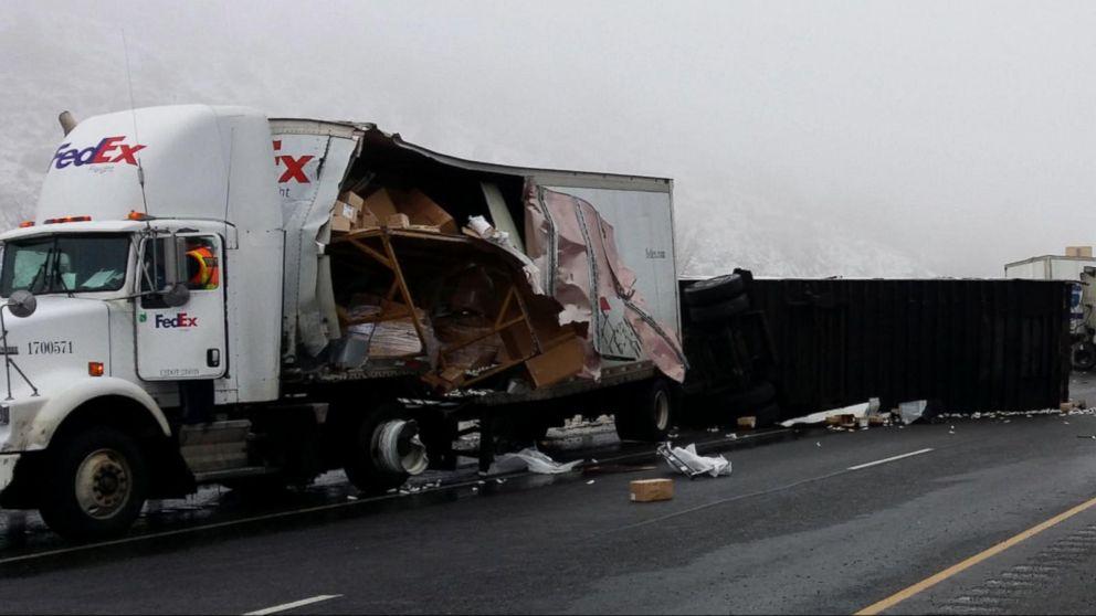 Winter Weather Causes Huge Crash on Oregon Highway