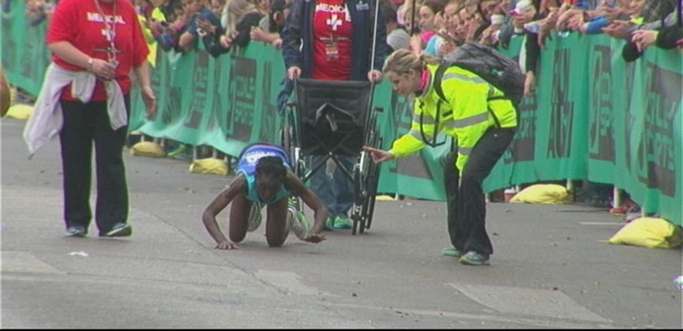 VIDEO: Hyvon Ngetich refused to use a wheelchair in the final stretch of the race in Austin, Texas.