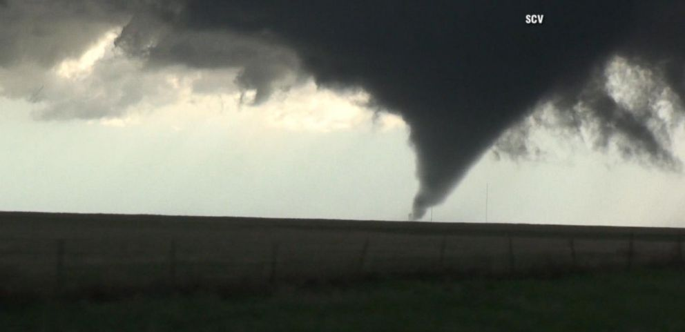 VIDEO: Severe Storms Strike Plains States, Start to Head East