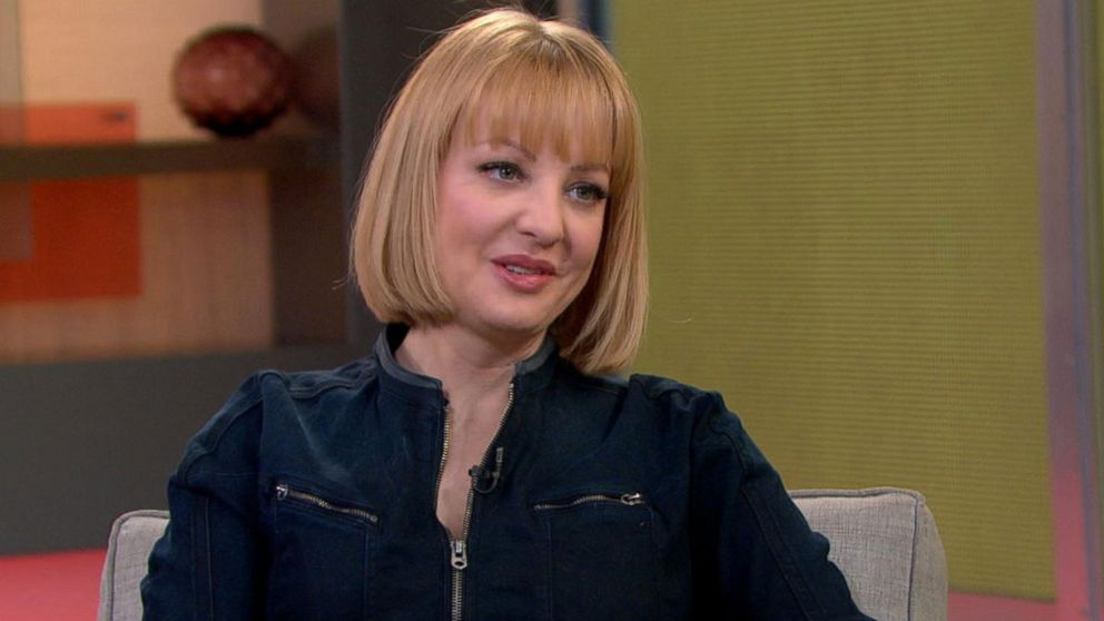 Wendi Mclendon Covey Teases The 3rd Season Of The Goldbergs Video