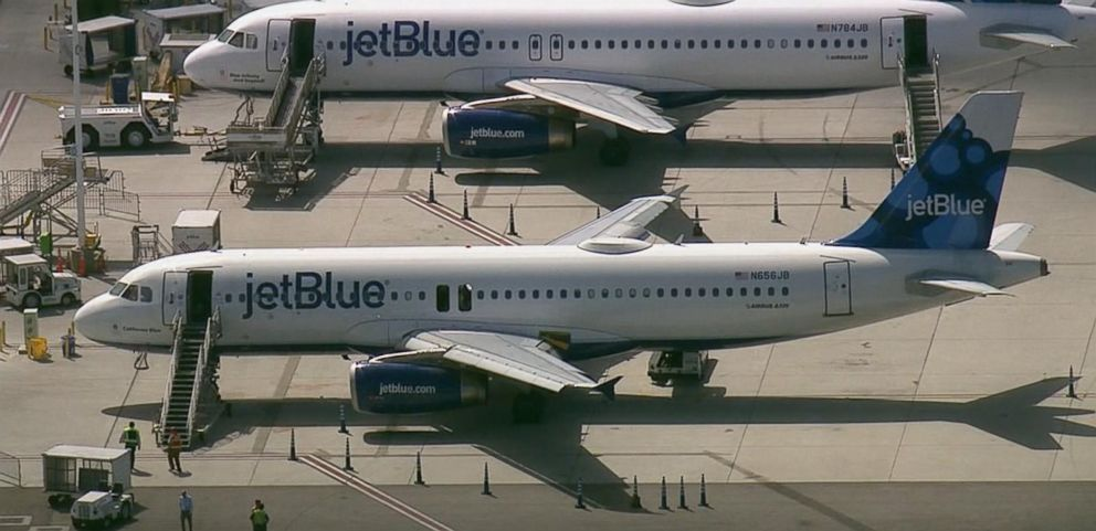jetblue internal capabilities Jetblue is being asked to do too much in for a short period of time and the company's human or technological resources are being stretched out too much, causing internal inconsistency that transform into bigger, external issues with the company's strategy.