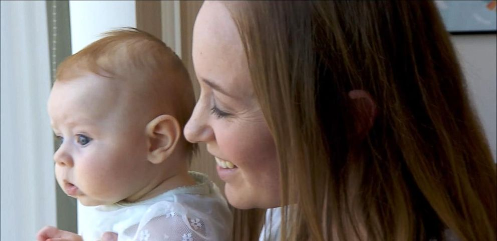 VIDEO: Should Parents Be Allowed to Bring Their Newborns to Work Every Day?