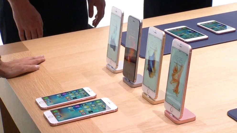 What You Should Know About New Lease Program for Apple (AAPL) iPhone 6s and 6s Plus