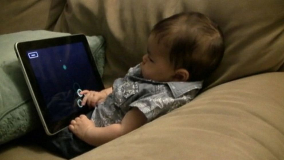 Study Finds Children With Electronics >> New Study Finds Wide Use Of Electronics Among Toddlers Video Abc News