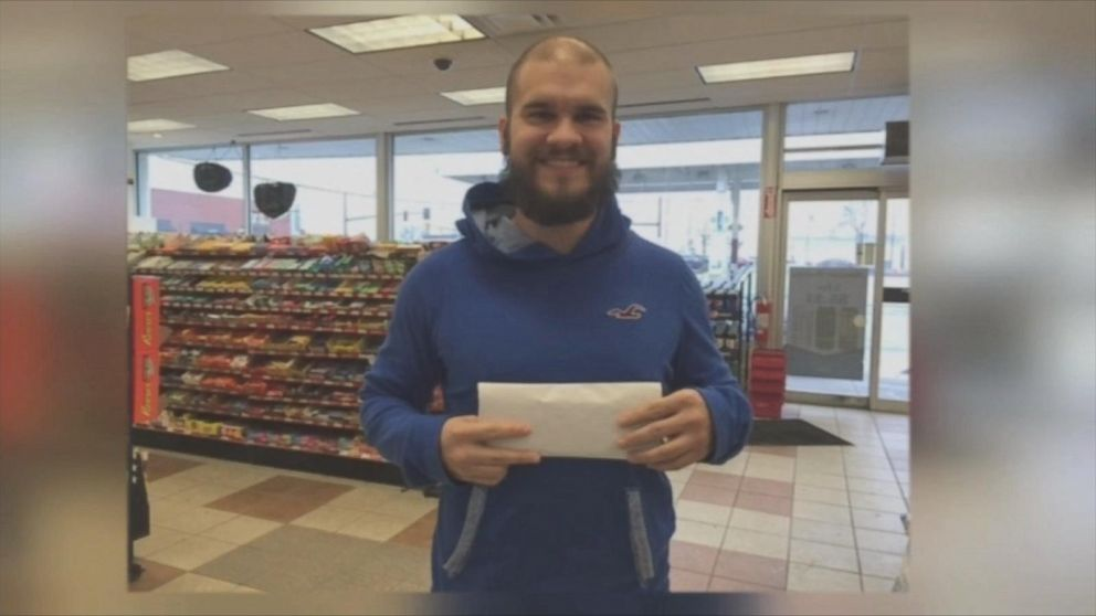 Ohio Office Picks Lucky Charm Employee For Powerball Drawing Abc