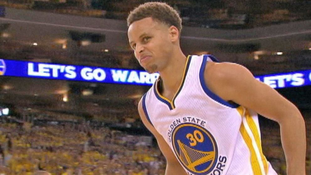 8cd00820a090 Golden State Warriors  Stephen Curry Leads  3-Point Revolution ...
